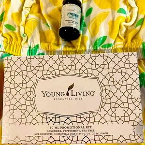 Brand new, sealed Young Living kit with 3 oils